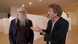 Le rirecteur de la Biennale de lYon avec le vieux biker helveto-californien monochromiste OlivierMosset