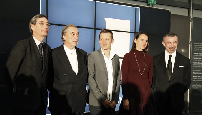 le Directeur du MNAM Alfrd Pacquement, le collectionneur Gilles Fuchs, l'artiste primé, la Ministre de la Culture Filipetti
